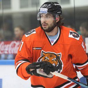 В хоккейном клубе «Амур» играют не «тигры», а «стасики»